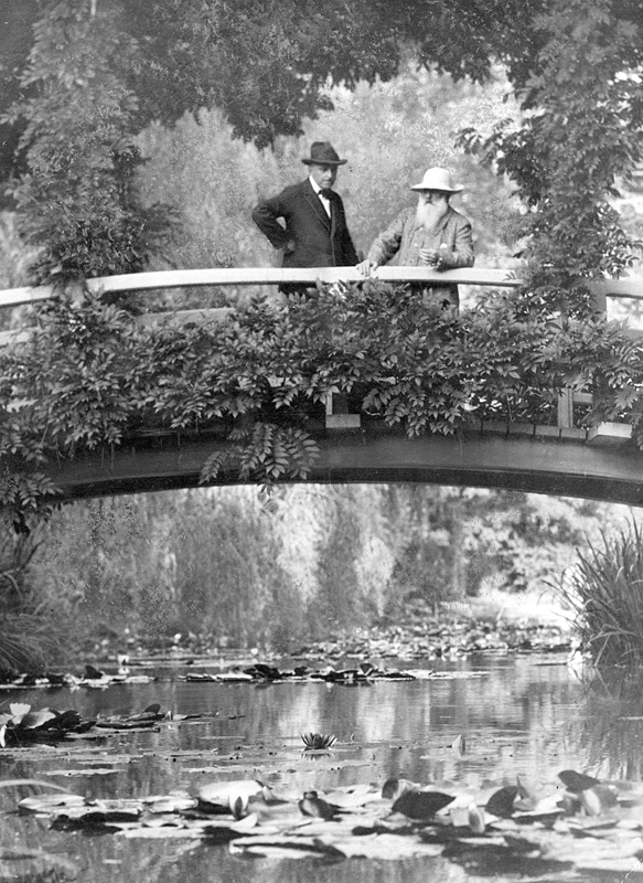 Monet_in_Garden,_New_York_Times,_1922
