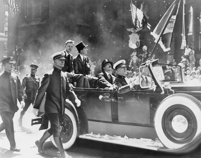 lindberghs-ticker-tape-parade-1927-science-photo-library